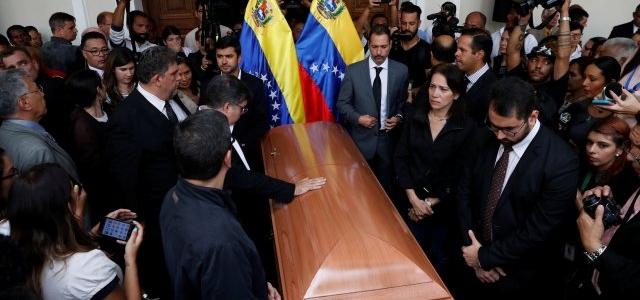 Familia de Fernando Albán rompe el silencio: Fue torturado y asesinado