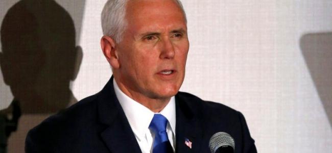 EEUU revocará 77 visas a funcionarios ligados al régimen de Maduro, anunció Pence