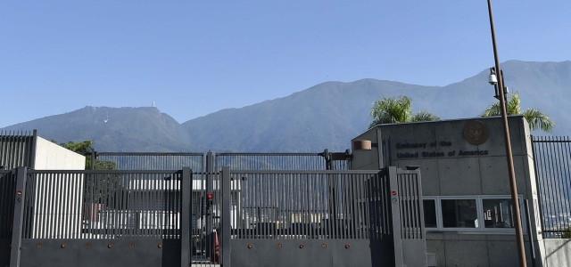 Estados Unidos retirará a todo su personal diplomático de la embajada en Venezuela