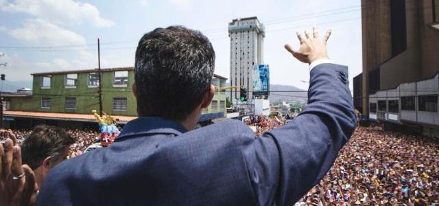 Guaidó invita a conformar los Comandos de Operación por la libertad de Venezuela