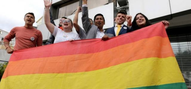 Matrimonio igualitario entra en vigencia en Ecuador